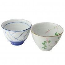 2 Assorted Japanese Rice Bowls, Set of 4