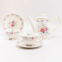 Rose Bouquet 5 Piece Tea Set. Pink Color Boxed