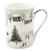 Wonderland Black Christmas Tree Bone China Mugs, Set of 4